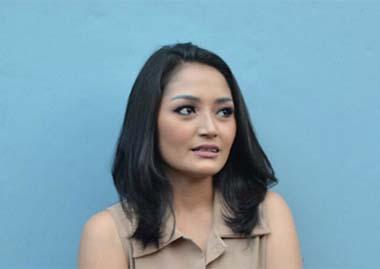 Lirik Lagu Siti Badriah - Terong Dicabein
