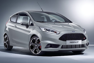 Ford Fiesta ST200 (2016) Front Side