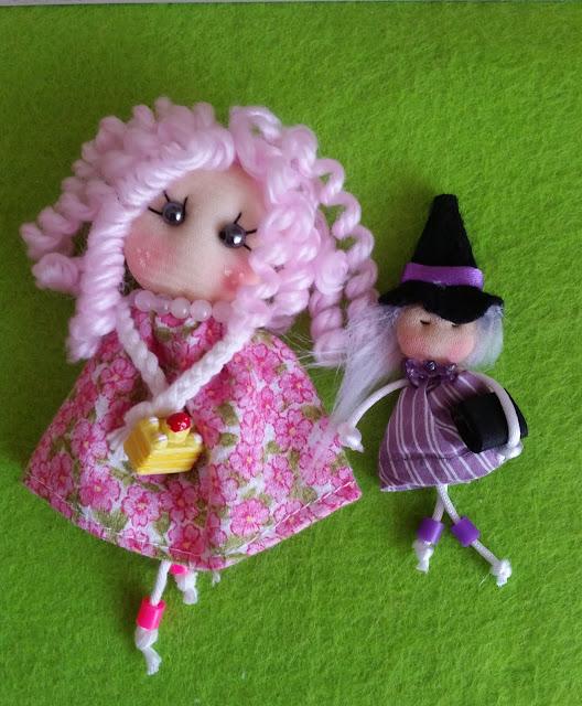 Muñeca grande y pequeña