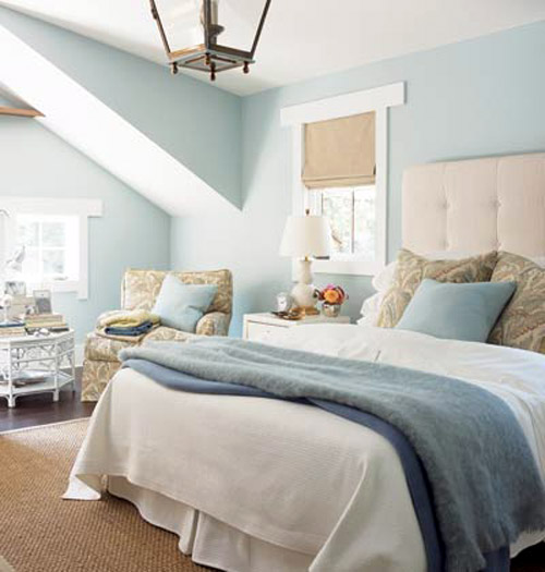 Cream Bedroom Decor: Blue Bedroom Decorating
