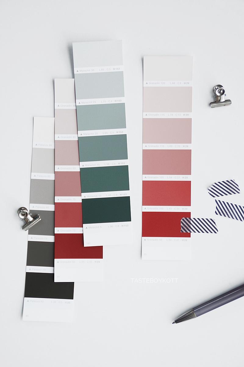 Neue Lieblingsfarbe: Dunkelrot/ Bordeaux. Farbkarten in burgundy, Gedanken zu Farbtrends bei Wandfarben und Einrichtung und dem Zusammenhang zwischen Wohnen und Mode. Tasteboykott.