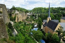 Luksemburg (Eropa) PDB Per Kapita: ($ 91.388)