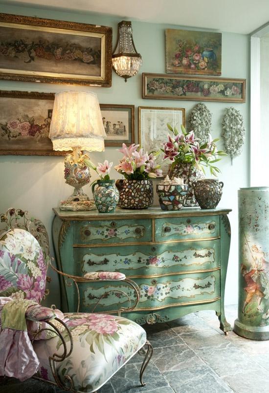 Rustik chateaux decorar el recibidor con muebles antiguos - Pintar un recibidor ...