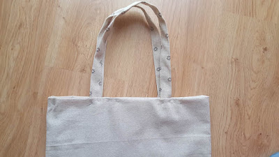 Summer tote bag with pocket tutorial and pattern