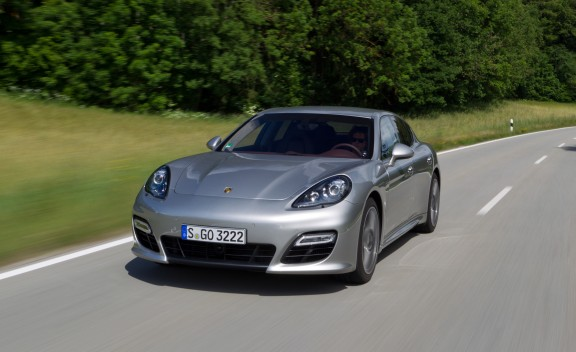 Car Overview: 2013 Porsche Panamera Turbo S