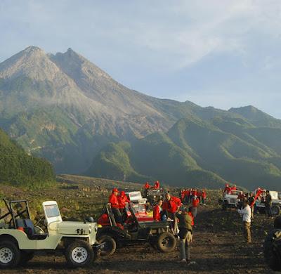 wisata-jeep-kaliurang-merapi-lava-tour