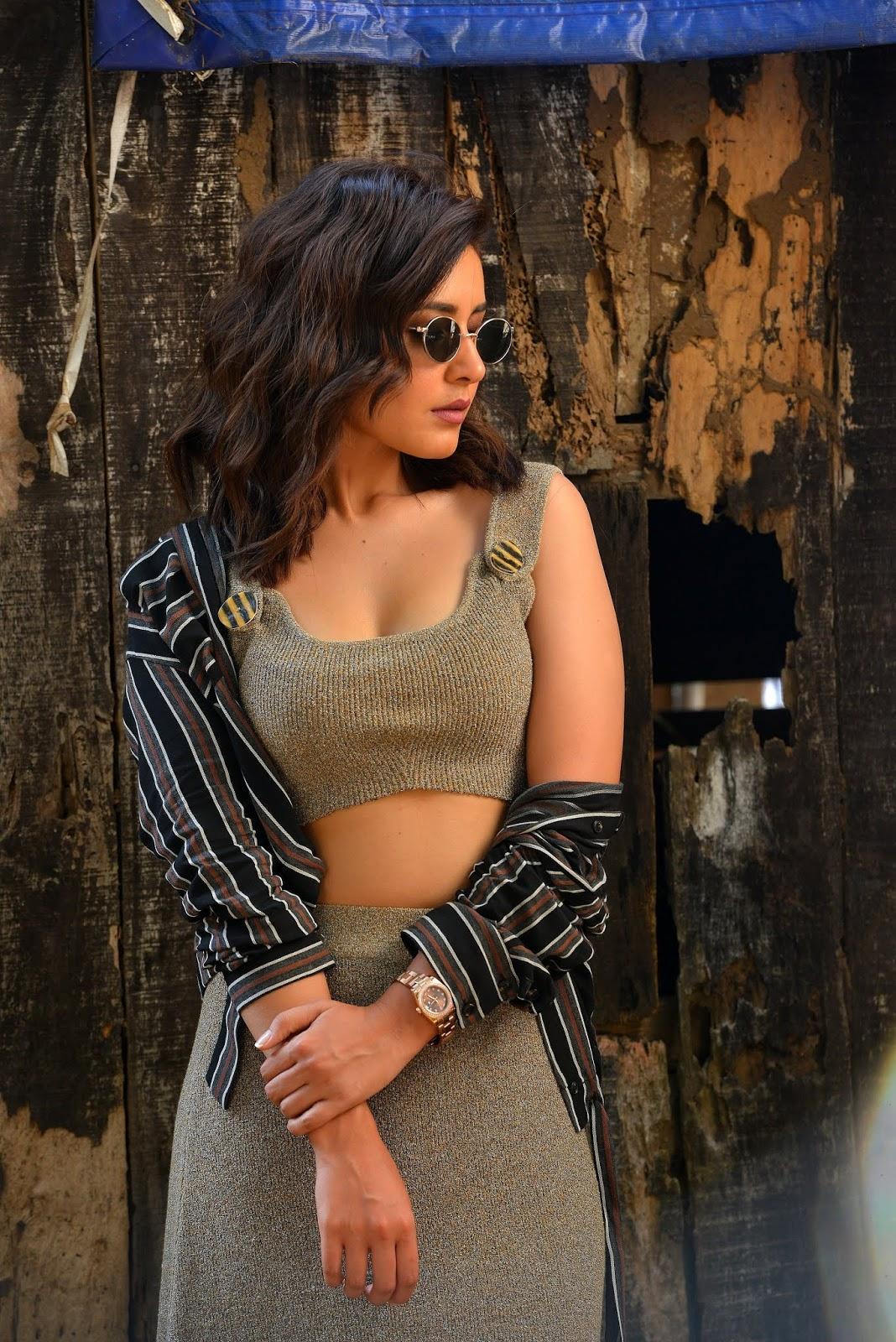 Raashi Khanna Latest Hot Photoshoot