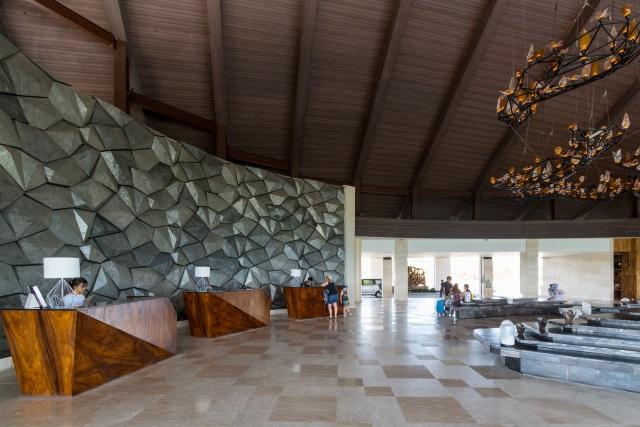 Reception at Renaissance Hotel Bali
