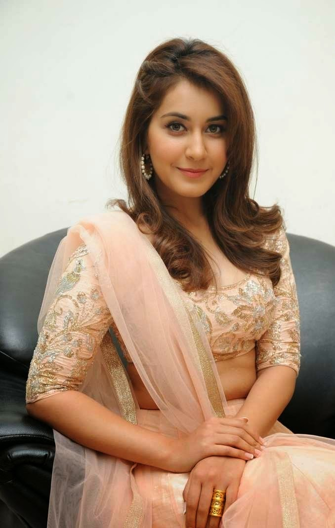Tollywood Beautifull Actress Rashi Khanna Smiling Face Close up Photos In Pink Dress