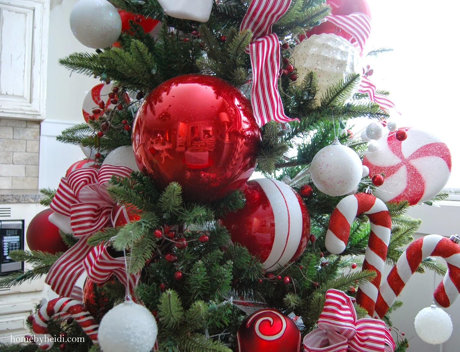 Candy Cane Christmas Tree.Candy Cane Christmas Tree