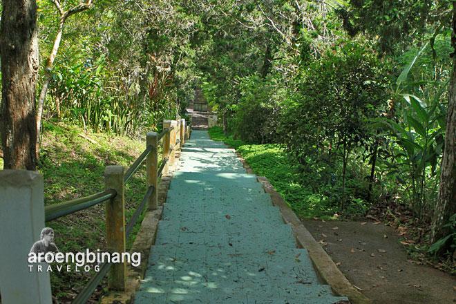 anak tangga makam kyai mojo minahasa sulawesi utara