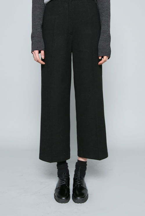 Wide-Leg Slacks