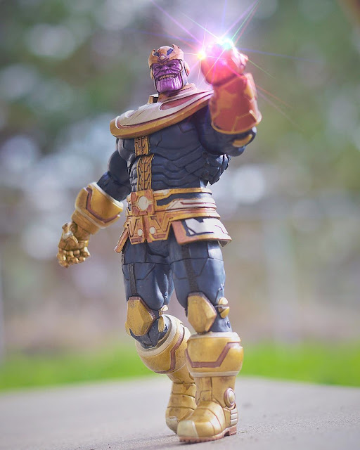 Marvel Select Diamond Select Thanos Disney Store Exclusive Action Figure