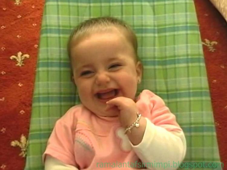kata bayi adalah sebutan untuk anak usia  14 Arti Mimpi Menggendong Bayi Menurut Primbon Jawa