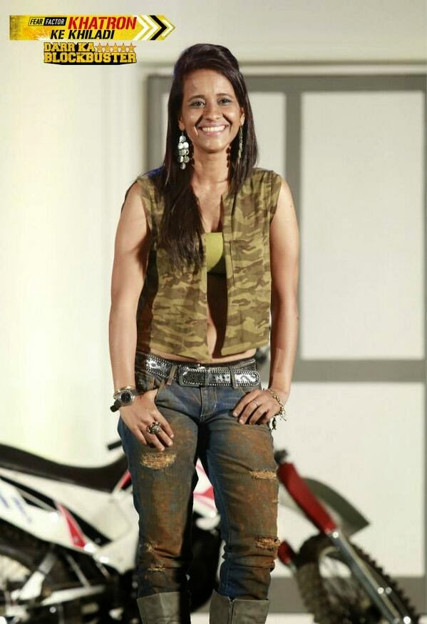 Geeta Tondon in Fear Factor Khatron Ke Khiladi