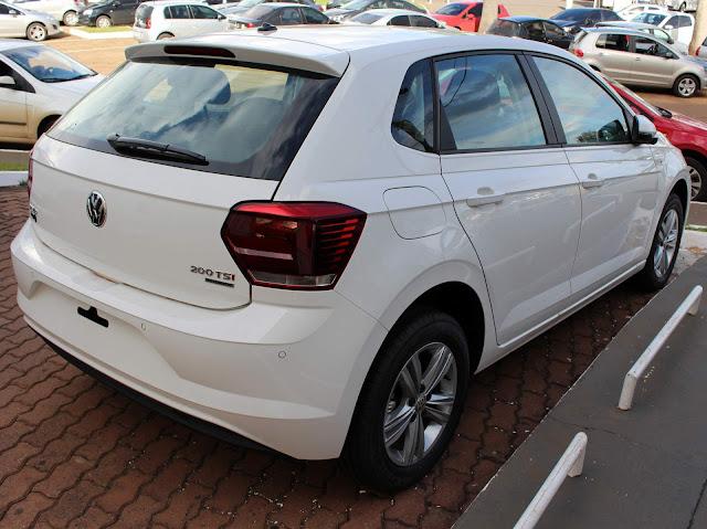 VW Polo Comfortline TSI Automático