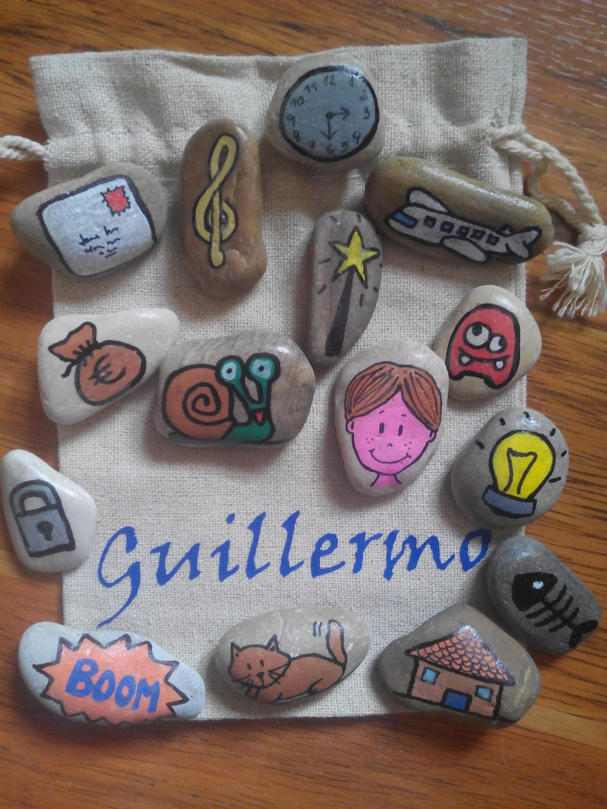 Fieltrositas bolsas de piedras para contar cuentos for Bolsa de piedras decorativas