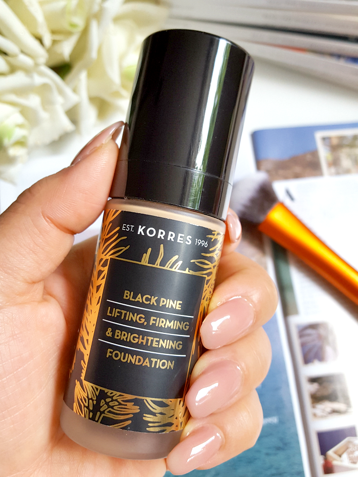 Review: KORRES Black Pine Lifting, Firming & Brightening Foundation - 30ml - 36.90 Euro - Madame Keke The Luxury Beauty & Lifestyle Blog