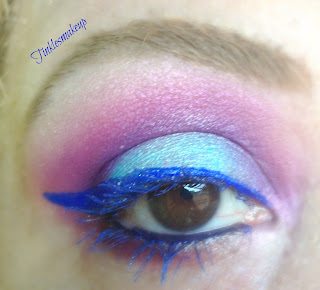 eye_makeup_look_bright_blue