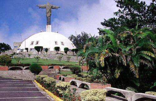 El Cristo Redentor en la montaña Isabel de Torres en Puerto Plata - República Dominicana