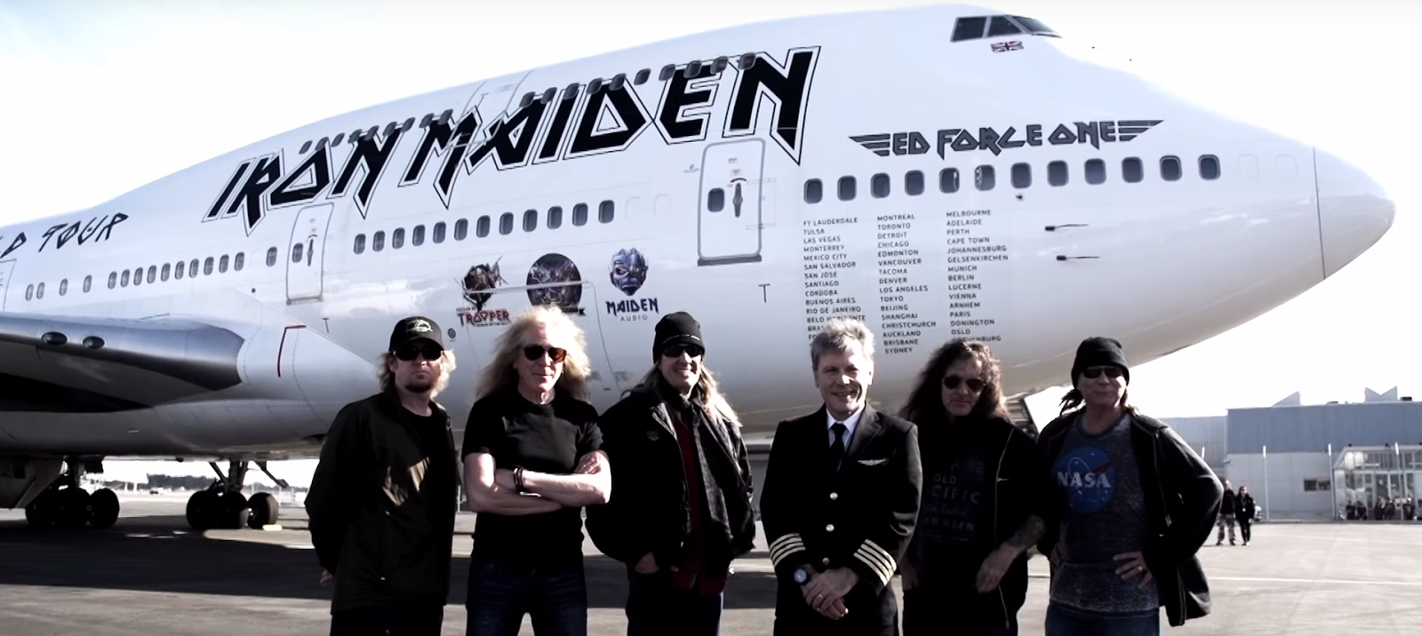 ed force one: assista vídeo especial sobre o avião do iron maiden