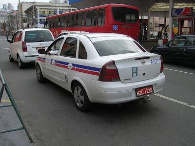 Taxi en Salvador de Bahía, Brasil, La vuelta al mundo de Asun y Ricardo, round the world, mundoporlibre.com
