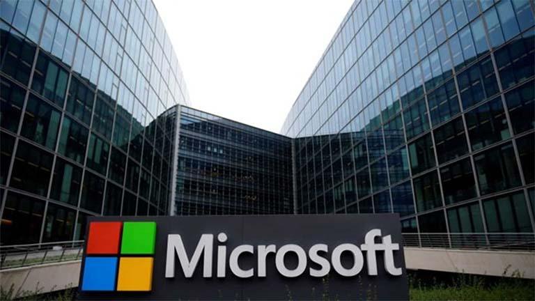 Microsoft Hampir Salip Posisi Apple Sebagai Perusahaan Paling Berharga