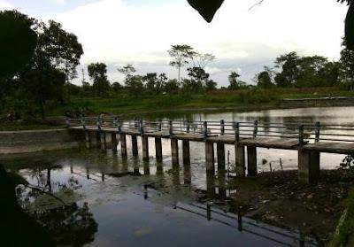 http://www.sukakabar.ml/2016/08/baruwisata-sumber-complang-dengan-pulau.html