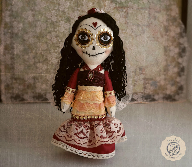 La Catrina mexicana, muñeca hecha a mano. Día de muertos. Day of the Dead Mexican Catrina.