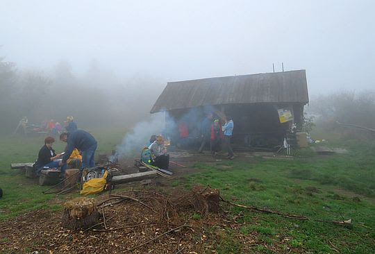 Baza namiotowa na Lubaniu.
