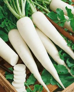 Các chuyên gia khuyên dùng củ cải trắng trị tàn nhang trên mặt
