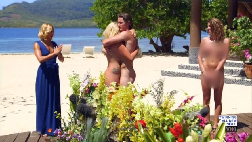 Chris, Mason  Dan On Dating Naked Playing For Keeps -2578
