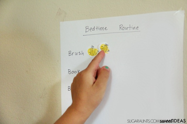 This bedtime routine visual schedule will help kids learn to use good oral hygiene by making sure they brush their teeth each night, part of a great family nighttime routine.