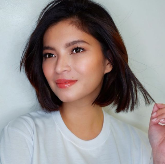 A Fan Was Delighted After Angel Locsin  Dropped By In Their Store!