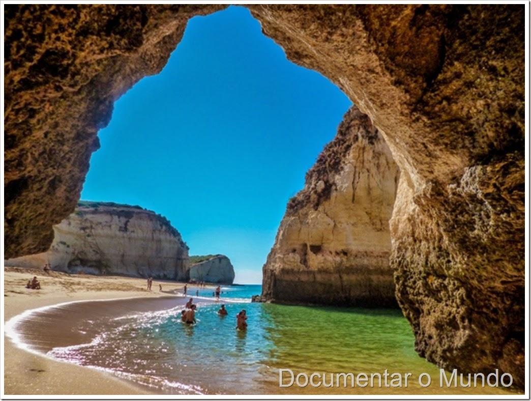 Praia do Vale da Azinhaga; Praias do Concelho da Lagoa; Praias no Algarve