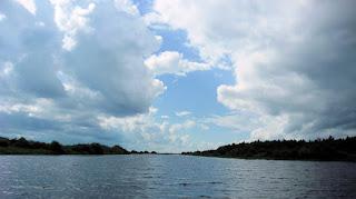 Летом на реке