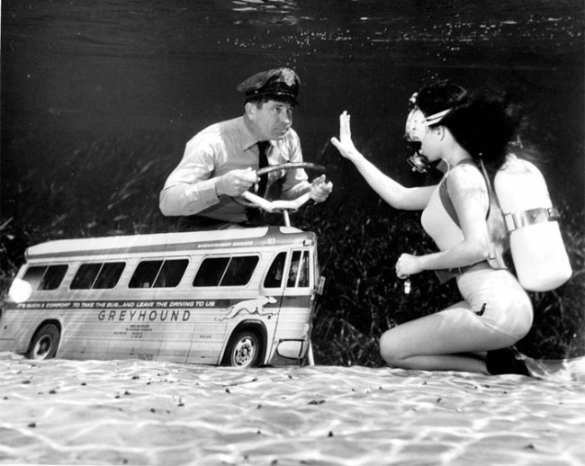 12-Bruce-Mozert-The-Birth-of-Underwater-Photography-and-Filming-www-designstack-co
