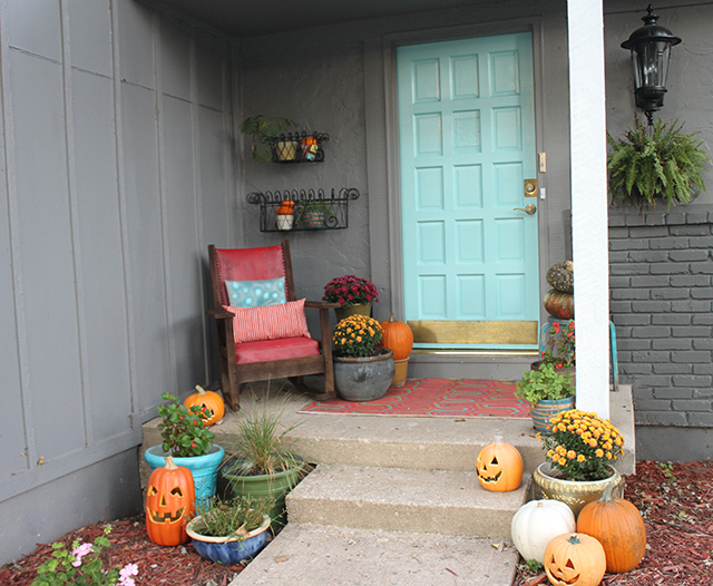 Surprising Diy Front Door Facelift Oh So Lovely Blog Largest Home Design Picture Inspirations Pitcheantrous