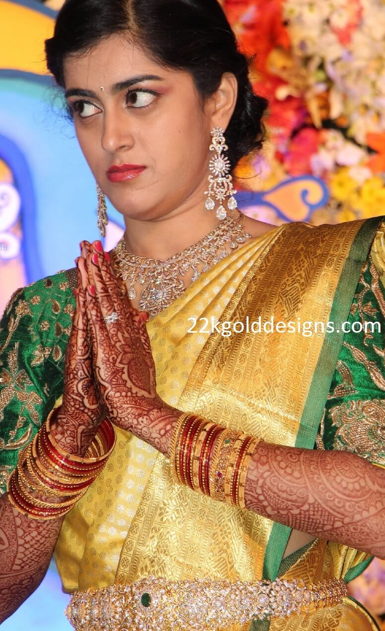 Bride Sowmya Reception Jewellery