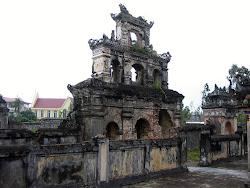 Imperial Duc Duc Tomba di Hue