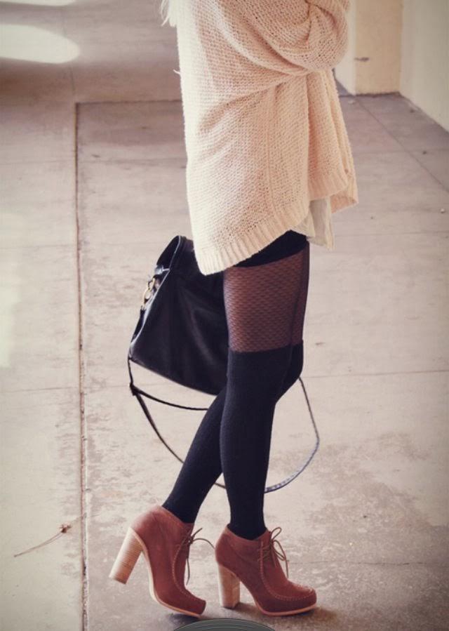 Knee high socks: women's fashion trend