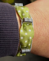 pulseras, brazaletes, pinzas, manualidades, reciclar