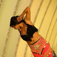 Priyamani dancing on floor