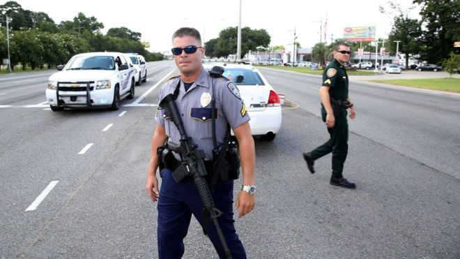 Baton Rouge: 'Three US police officers shot dead'