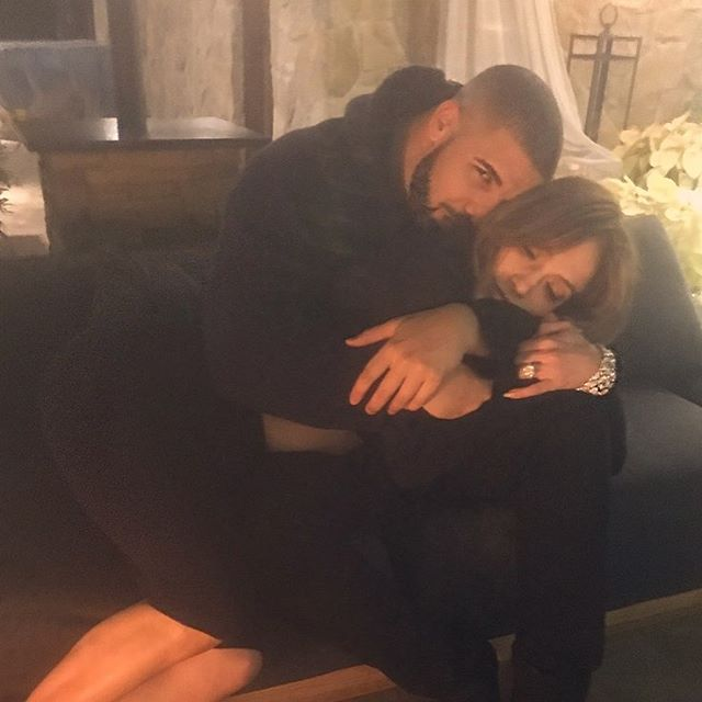 Rihanna unfollows Jennifer Lopez on Instagram amid Drake dating rumours
