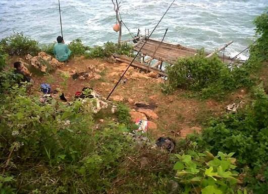 Keindahan Pantai Celeng Tibo Gunung Kidul