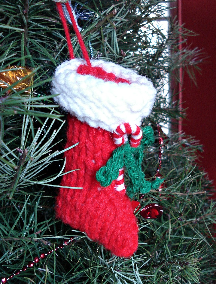 Knitted Christmas Crafts
