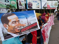 Media Penjilat Dibiarkan, Medsos Diblokir, Ormas Dibubarkan, Rezim Jokowi Menuju Kejatuhan