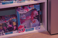 My Little Pony Swimming Pinkie Pie Sea Pony Brushable Packaging
