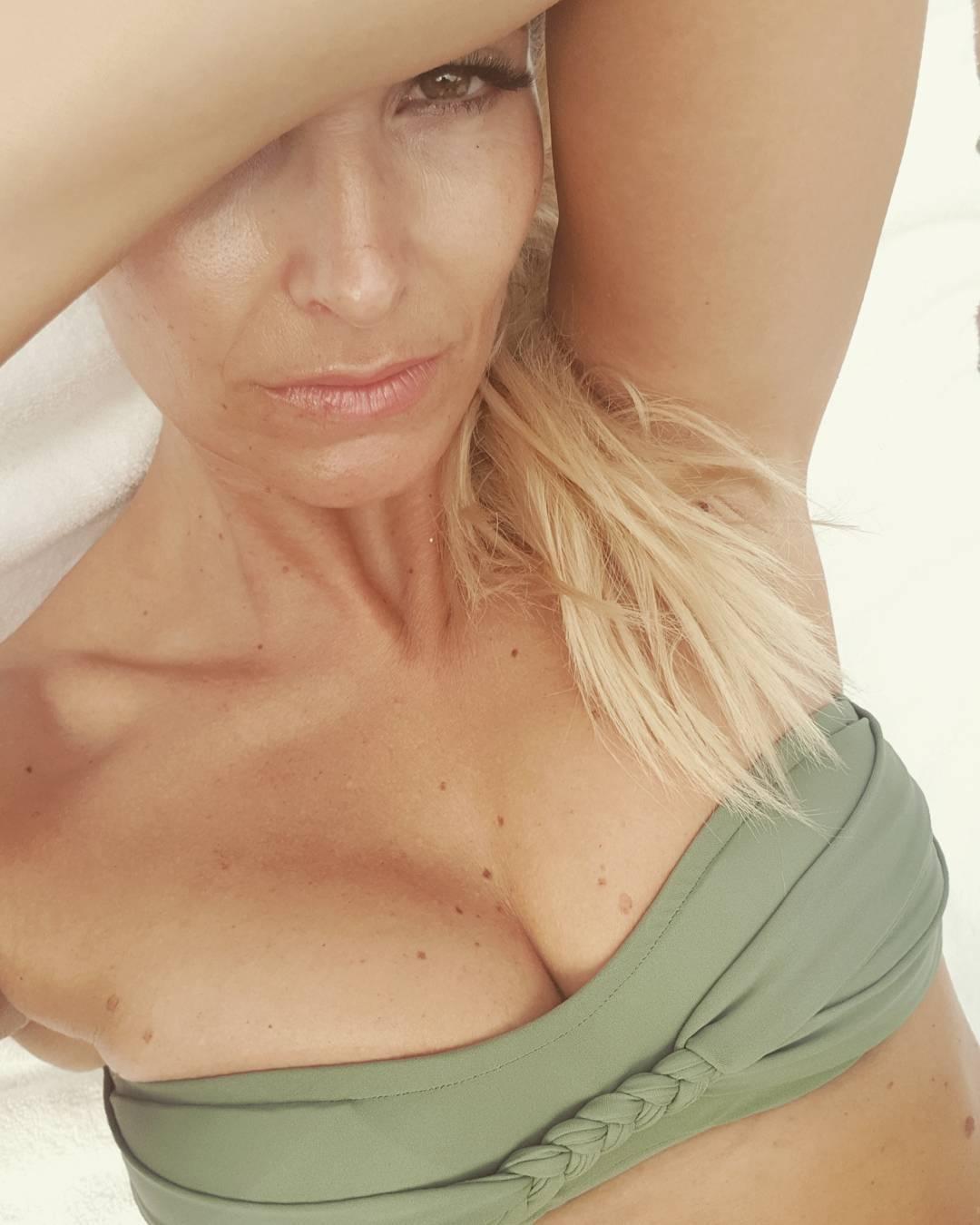 Pcg Caps Cristina Ferreira Bela E Sexy-6203